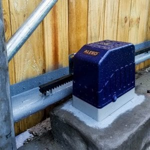 Aleko AR1450NOR-M Rack Driven Sliding Gate Opener